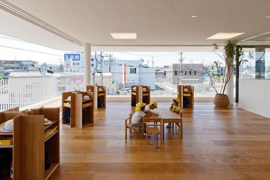 日本幼儿园设计天井